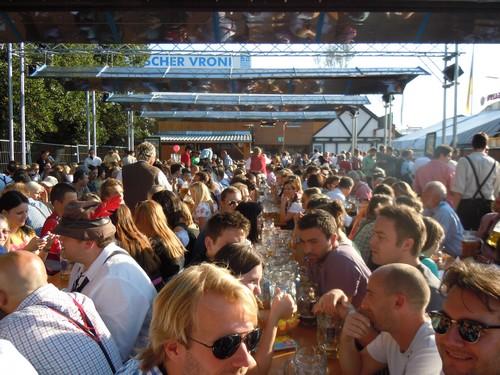 PHOTOS DE L'OKTOBERFEST 2011 A MUNICH Dscn1197-2d31f8c